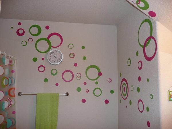 необычная покраска стен в ванной комнате фото