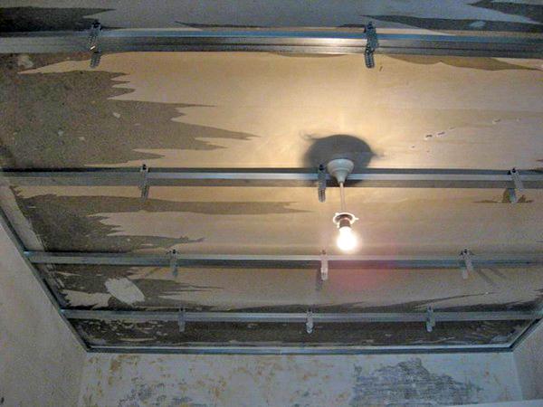 монтаж реечного потолка для ванной фото