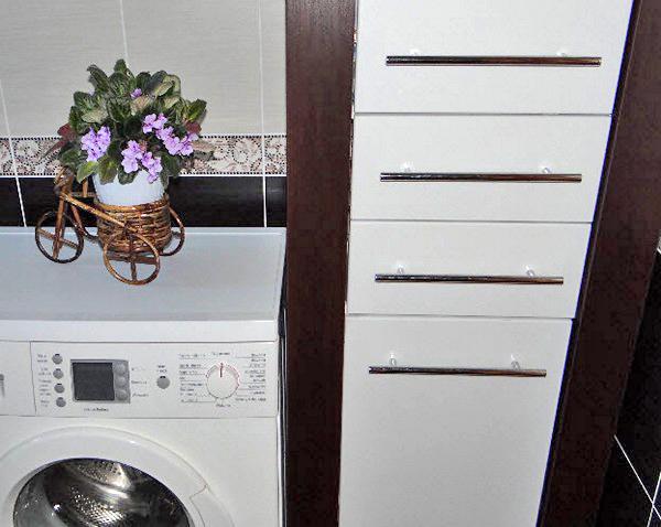по каким критериям выбрать шкаф пенал в ванную