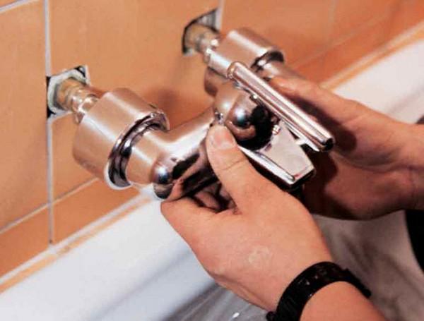 установка смесителя в ванной комнате инструкция
