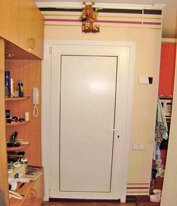 какие двери поставить в ванную