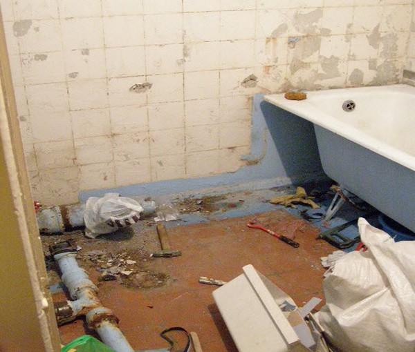 Совмещенный санузел: достоинства и недостатки, как самостоятельно совместить ванную и туалет