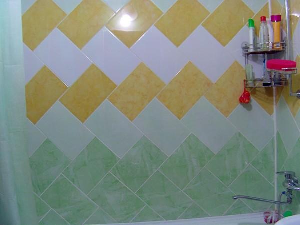 дизайн диагональной раскладки плитки в ванной фото