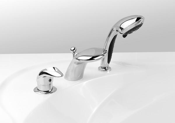 Смеситель на борт ванны: как выбрать и как установить своими руками
