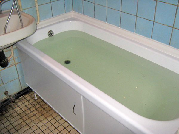 преимущества вкладыша в ванну