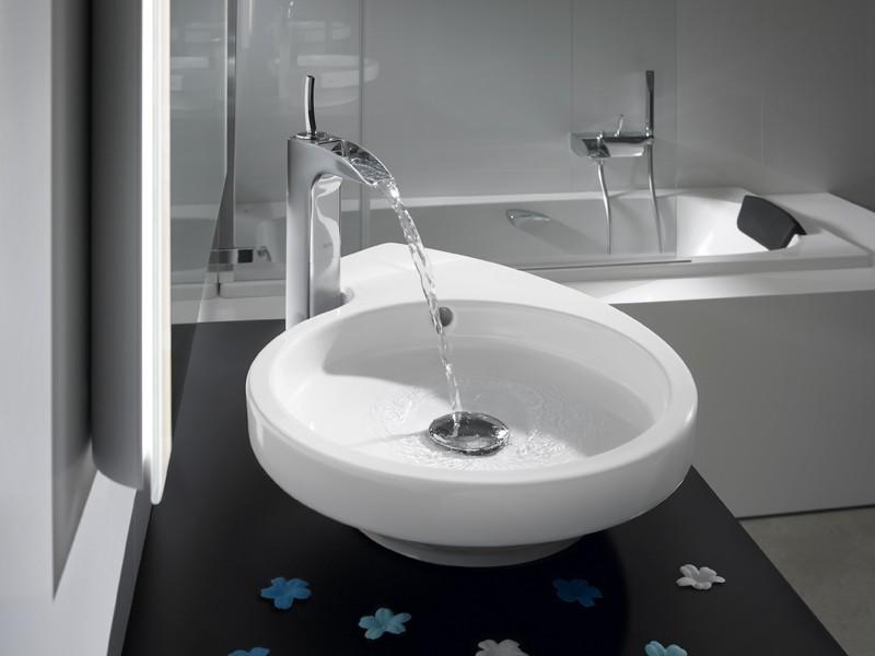 смесители для ванной в стиле минимализм фото