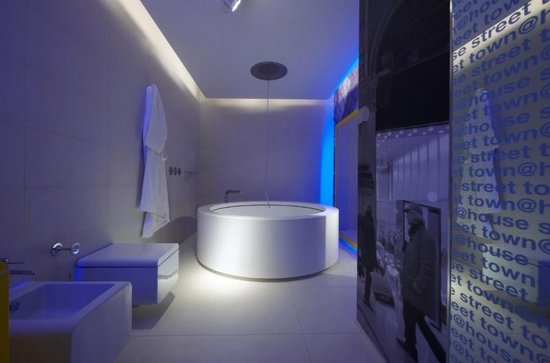 подсветка потолка в ванной фото
