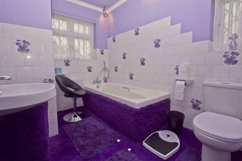 ванная в фиолетовых тонах фото