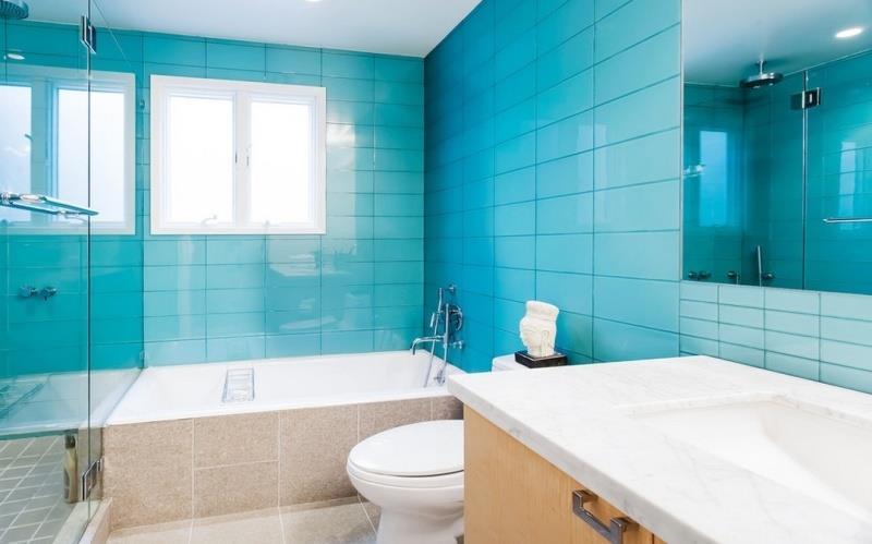 дизайн голубой ванной фото
