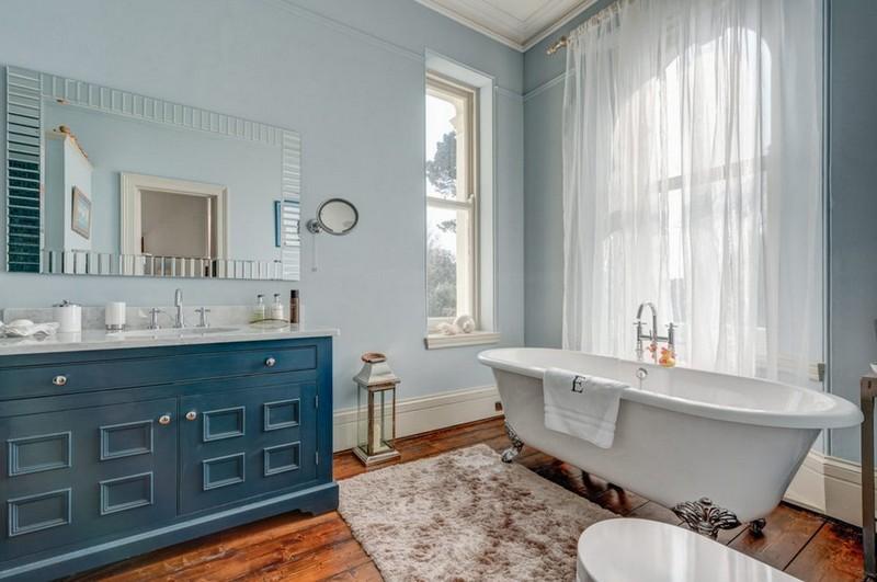 голубая ванная в стиле прованс фото