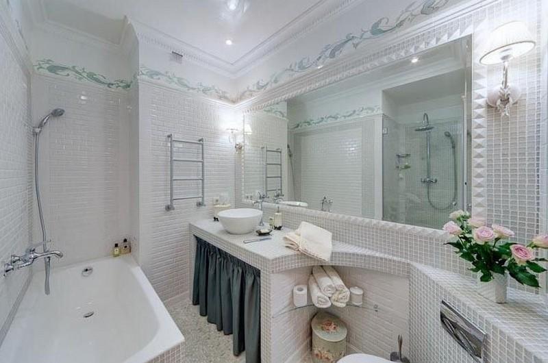 шторка в нишу в ванную фото