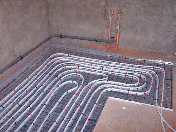 водяной теплый пол в ванной фото
