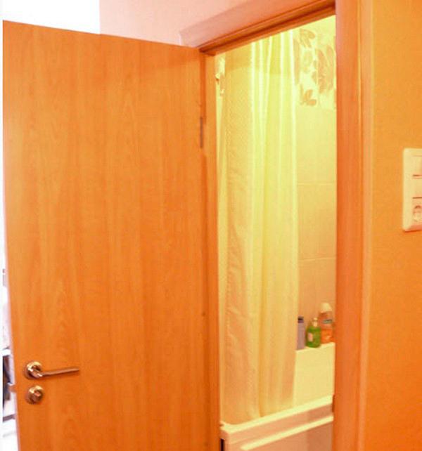 этапы установки дверей в ванной комнате