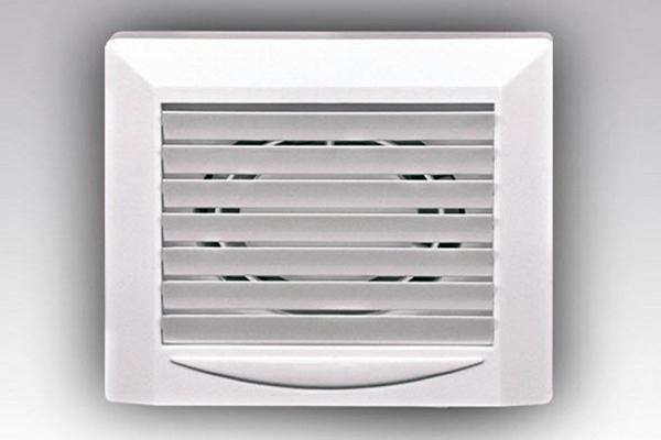 вентилятор для ванной с жалюзи фото