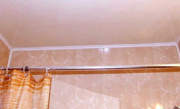 обшивка панелями ванной фото