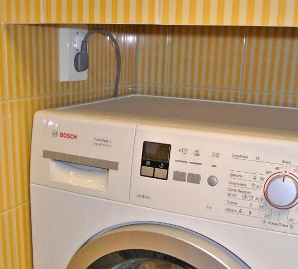 Розетка в ванной: как выбрать и установить своими руками, Ремонт и дизайн ванной комнаты