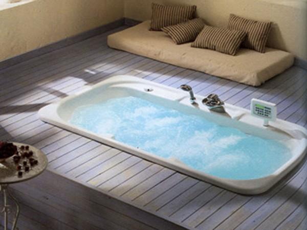 встроенная ванна в подиум фото