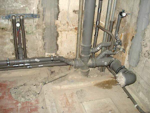 Разводка канализационных труб в ванной и туалете своими руками 369