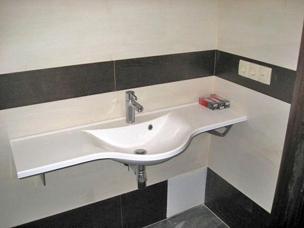 пристенная раковина в ванную комнату фото