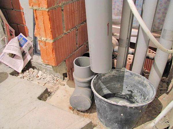 замена канализационного стояка фото