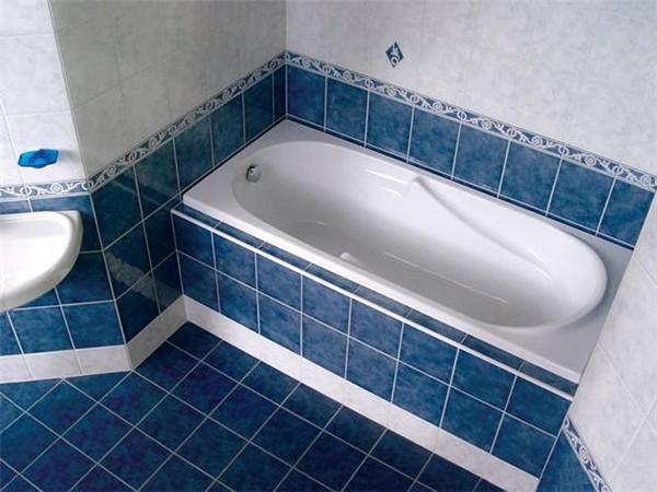 Экран под ванной из плитки своими руками