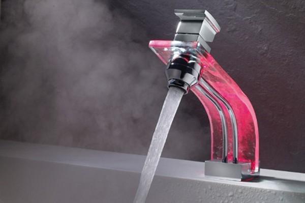 сенсорный смеситель для ванной фото