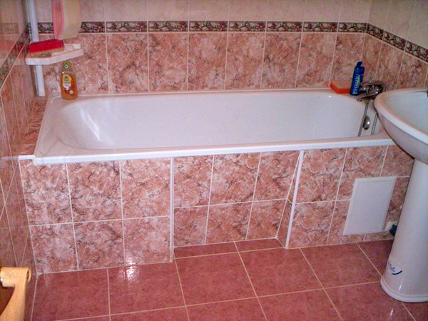 Бюджетный и экономный ремонт ванной комнаты: разные варианты 80
