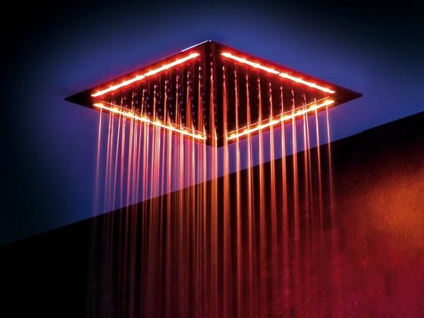 верхний душ с подсветкой фото
